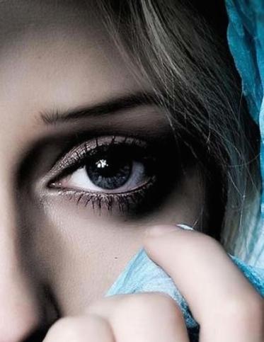 eyes-6-wallpaper right
